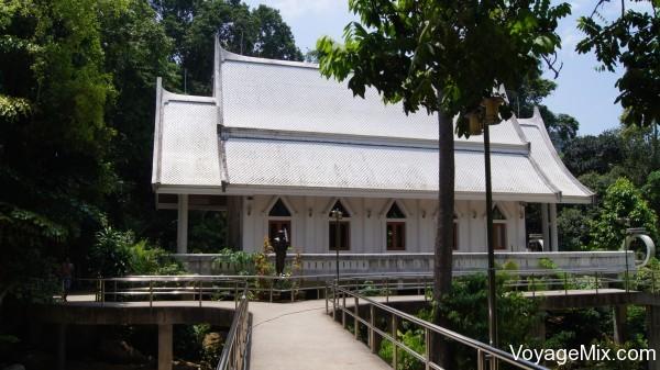 Храм Хин Лад (Hin Lad Temple)